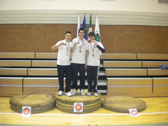 Arcieri Terni, pioggia di medaglie ai campionati regionali di Perugia