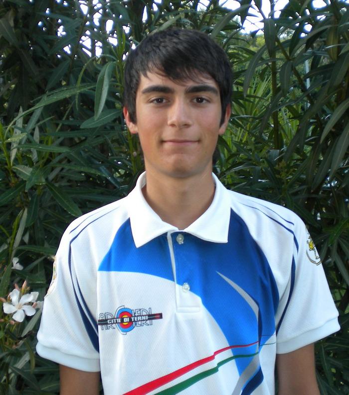 Il giovanissimo Matteo Ragni degli Arcieri Terni campione d'Europa