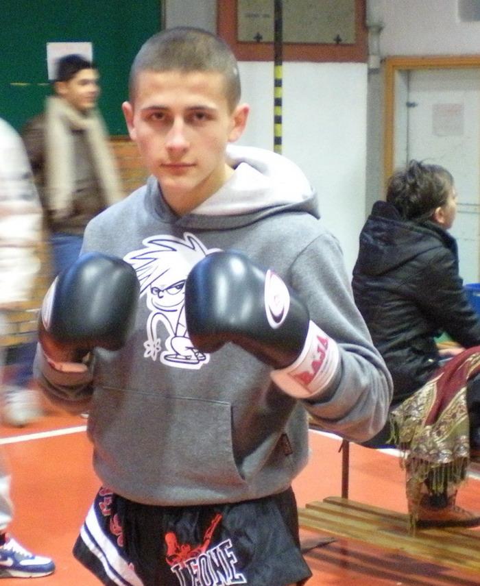 Nicola Stoica, grinta e tenacia ai Campionati Regionali di Full Contact