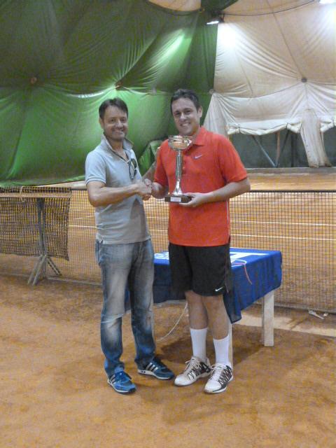 Tennis. Al Torneo delle Valli Aretine vince tutto Formiconi