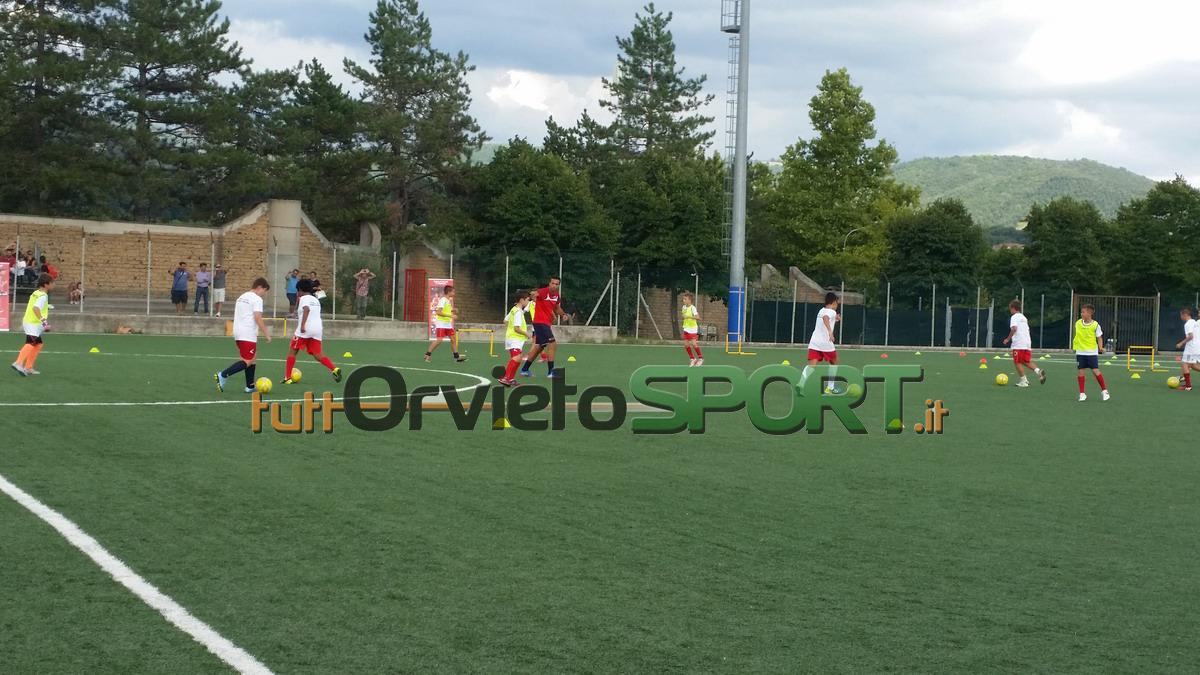 """""""Play the Arsenal Way"""", successo per la presentazione della Scuola Calcio """"F. Mosconi"""""""