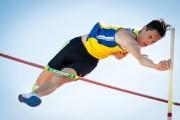 Sesto posto per Eugenio Ceban alla gara internazionale di salto con l'asta in piazza a Chiari