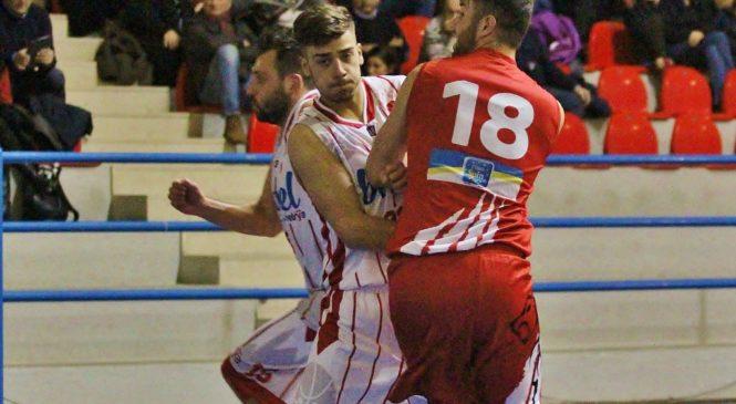 Una brutta Orvieto Basket lascia la vetta a Perugia